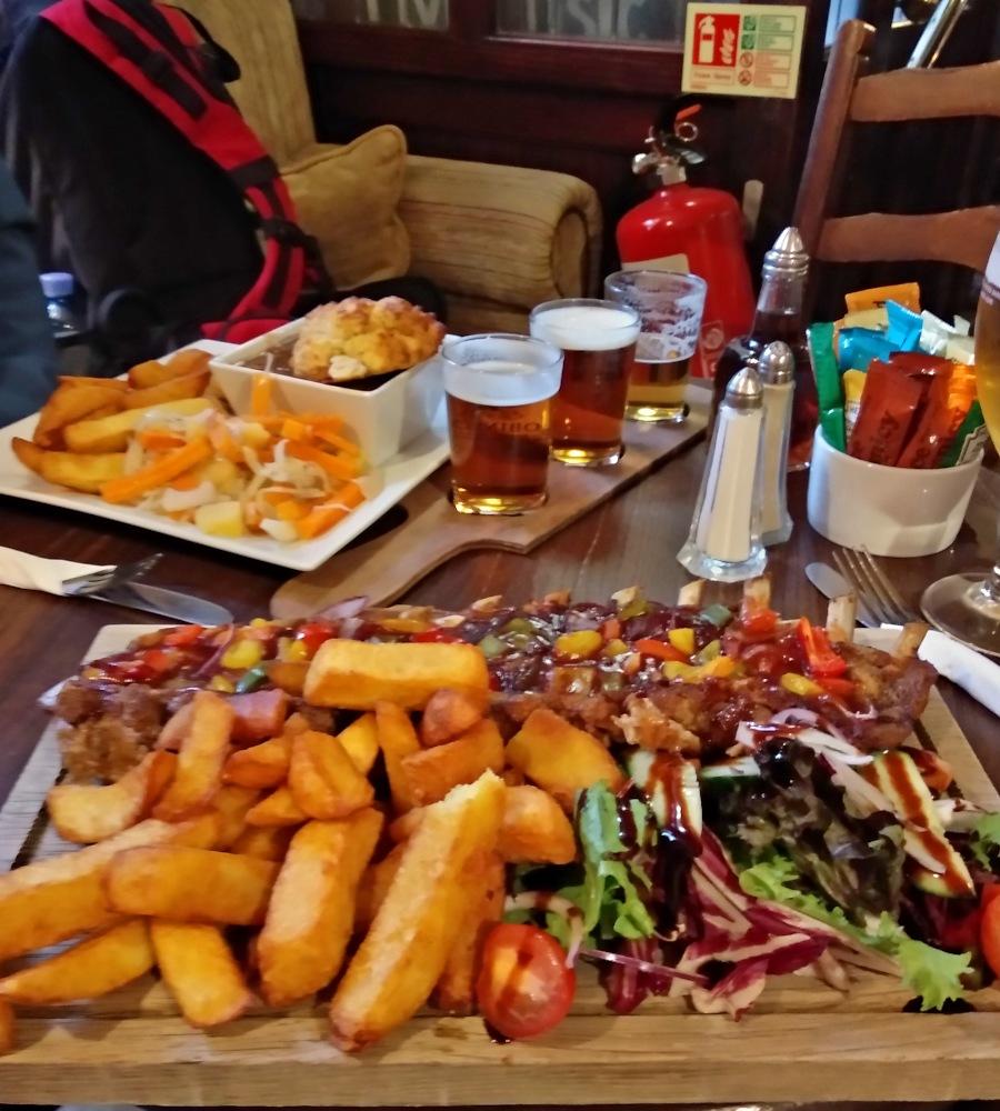 Essen und Trinken im Pub, Ein recht typisches Bild von gesundem vitaminreichem Essen