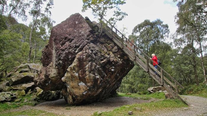 Der Bowder Stone