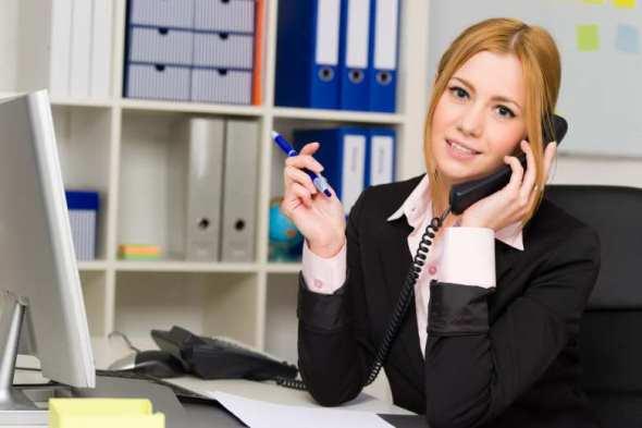 englisch telefonieren, kunden, kollegen, zulieferer, melden, weiterleiten, kommunizieren